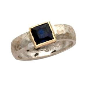 Beautiful silver and gold ring with Sapphire corundum