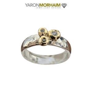 Glamorous Silv er & Gold Ring Sparkling CZ